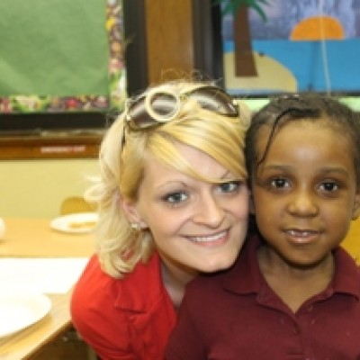 IMG_The_President_LeAnne_Lucier_with_First_grader_Ms_at_the_Reading_Championshipbig